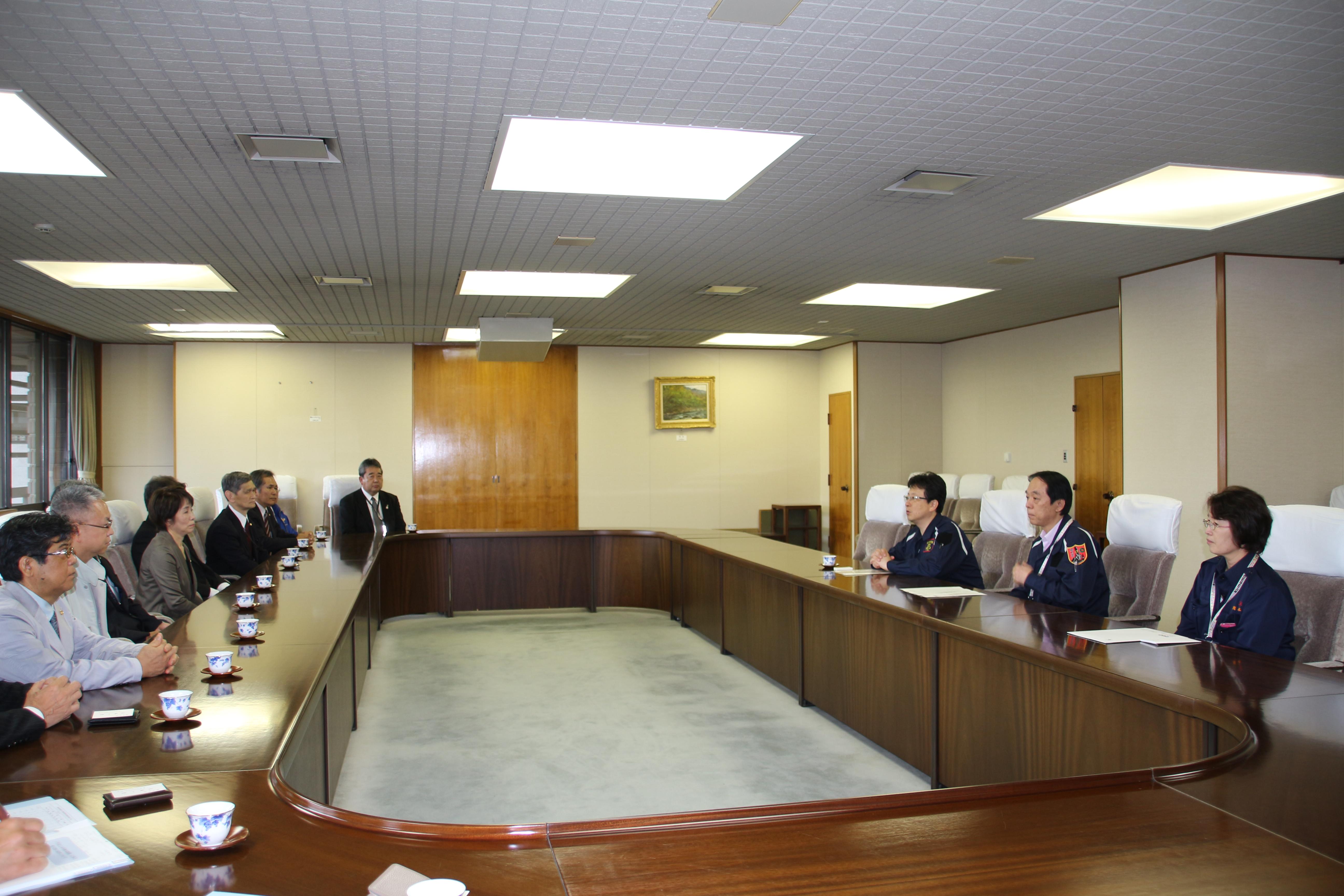 大西一史熊本市長と面談(熊本市役所内)